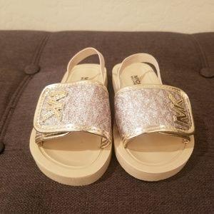 Michael Kors GIRLS Eli Seneca Gold/Silver Sandal